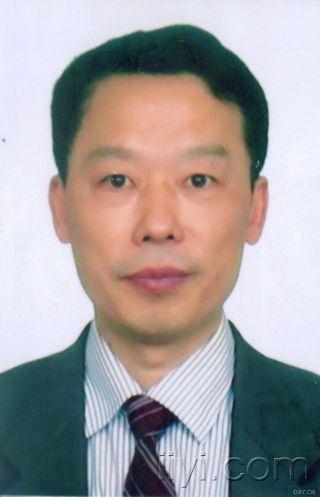 周清华教授.jpg